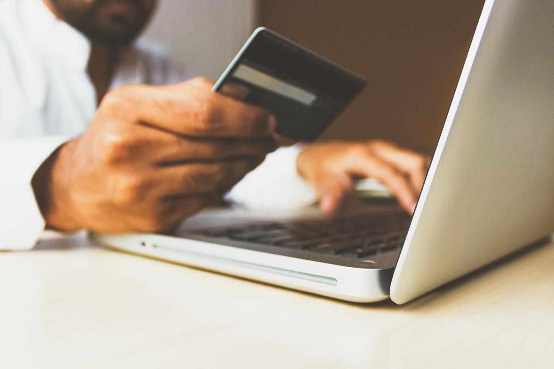Ny lag för onlinebetalningar